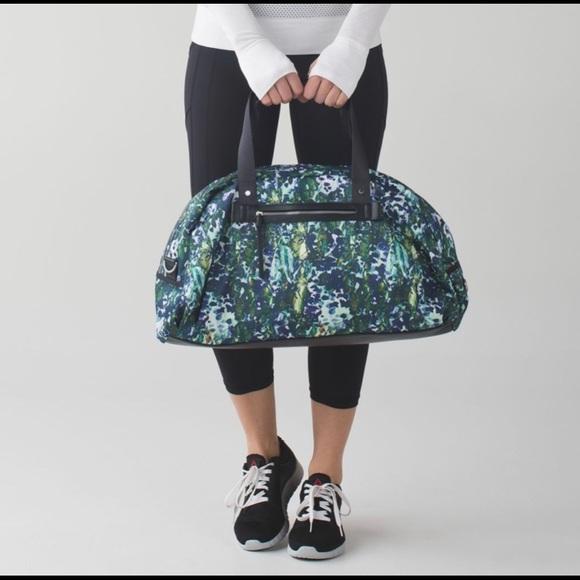 lululemon athletica Handbags - Lululemon All You Need Duffel